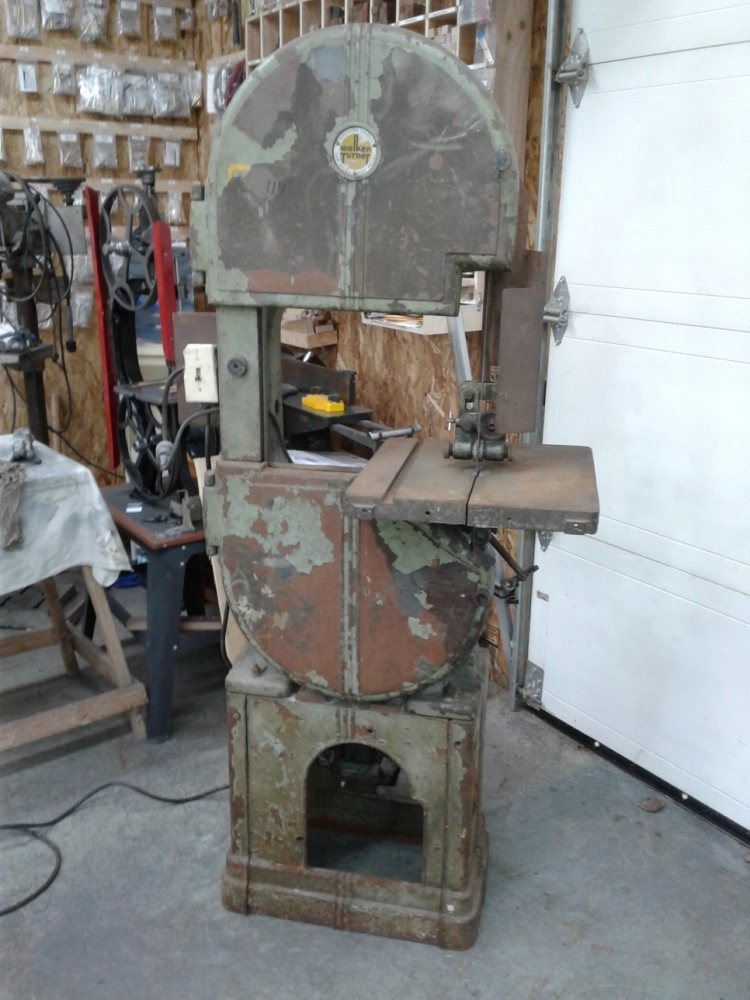 walkerturnerbandsaw4-2-3-4-5.jpg