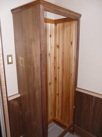 vestibule8armoire.jpg