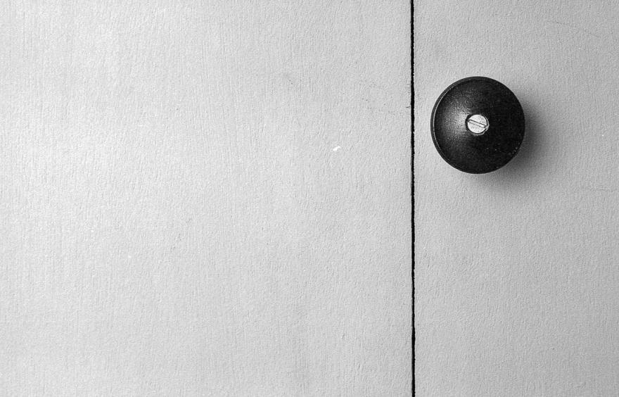 closet-door-2.jpg